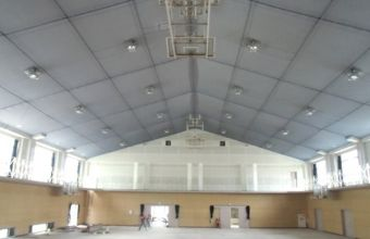 菊稜中学校体育館